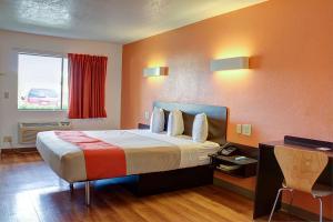 Motel 6 Bishop, Hotel  Bishop - big - 45