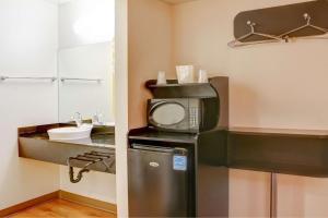 Motel 6 Bishop, Hotely  Bishop - big - 43