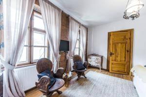 Casa Veche, Apartmánové hotely  Brašov - big - 11