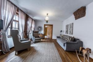Casa Veche, Apartmánové hotely  Brašov - big - 2