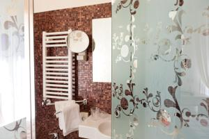 Hotel Belvedere, Отели  Морской Милан - big - 4