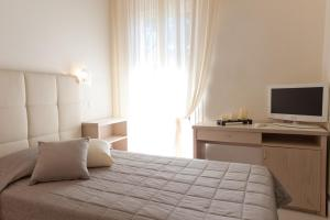 Hotel Belvedere, Отели  Морской Милан - big - 13