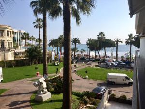 Résidences du Grand Hôtel, Apartmanok  Cannes - big - 90
