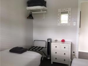 Kiwi House Waiheke, Bed & Breakfast  Oneroa - big - 14