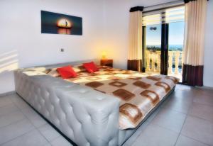 Villa Agios Ilias 2, Vily  Coral Bay - big - 29