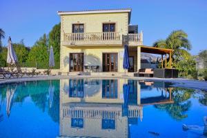 Villa Agios Ilias 2, Vily  Coral Bay - big - 1