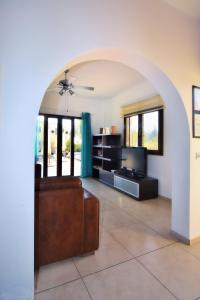 Villa Agios Ilias 2, Vily  Coral Bay - big - 37