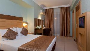 Remi Hotel, Отели  Алания - big - 6