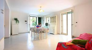 Appartamento Mare Blu, Apartmány  Torre Suda - big - 14