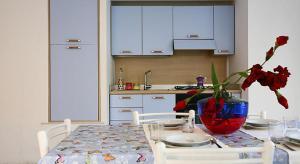 Appartamento Mare Blu, Apartmány  Torre Suda - big - 15
