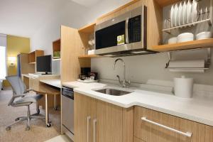 Home2 Suites by Hilton Destin, Hotel  Destin - big - 7