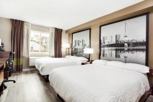 Deluxe Queen Room with Two Queen Beds - Pet Friendly