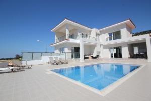 Koumasia Villas, Ville  Coral Bay - big - 42
