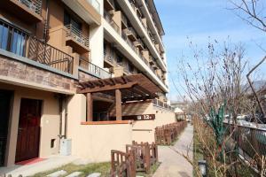 Beijing GuBei Water town Great Wall Yuanzhu Sweet Apartment, Apartments  Miyun - big - 8