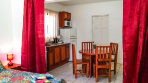 Studio Apartments in Las Torres, Apartmány  Coco - big - 42
