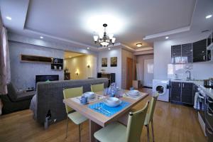 Tanan Center Serviced Apartments, Apartmány  Ulaanbaatar - big - 12