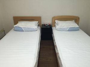 Naniwa Guest House Kuromon, Apartmanok  Oszaka - big - 8