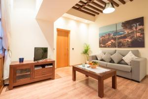 Ahro Suites, Апартаменты  Малага - big - 121