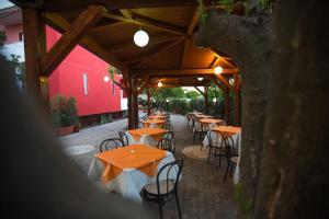 Hotel Villa Susy, Hotels  Davoli - big - 37