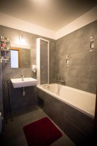 AS Hotel, Hotel  Brno - big - 3