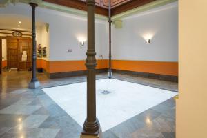 Ahro Suites, Апартаменты  Малага - big - 82