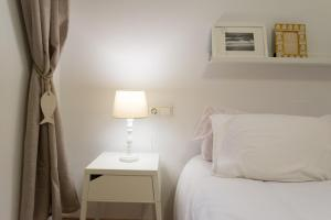Ahro Suites, Апартаменты  Малага - big - 73