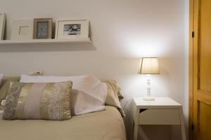 Ahro Suites, Апартаменты  Малага - big - 72