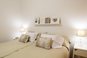 Ahro Suites, Apartmanok  Málaga - big - 71