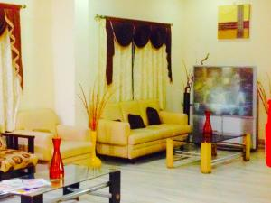 Hotel Ranjit Residency, Лоджи  Хайдарабад - big - 28