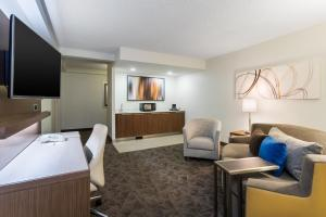 One-Bedroom King Suite with Sofa Bed