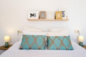 Ahro Suites, Апартаменты  Малага - big - 59