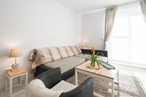 Ahro Suites, Апартаменты  Малага - big - 140