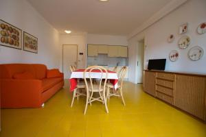 Residence Selenis, Apartments  Caorle - big - 64