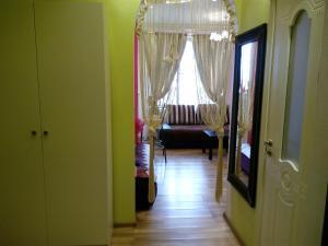 Apartments on Fitaryovskaya 17