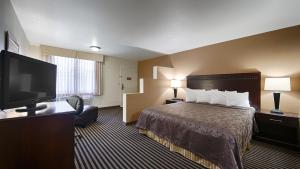 Habitación con cama extragrande para personas de movilidad reducida/no fumadores