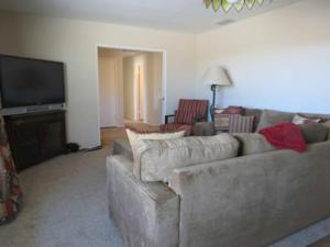 St. Vincent: Swim by the Mountains Home, Holiday homes  Borrego Springs - big - 12