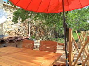 Gîte l'Ecluse au Soleil, Holiday homes  Sougraigne - big - 20
