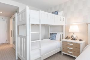 Deluxe King Room with Bunk Bed