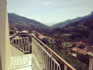 Casa vista mare dalle colline