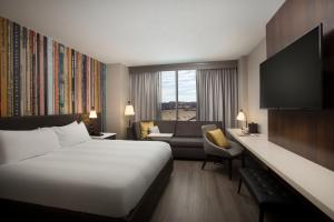 King or Queen Room with Stadium View