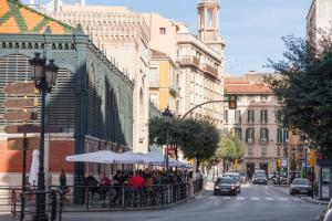 Malaga Center Holidays Atarazanas Market, Apartments  Málaga - big - 4