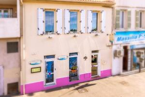 Les Chambres de Jeannette, Bed & Breakfasts  Marseille - big - 103
