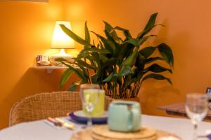 Les Chambres de Jeannette, Bed & Breakfasts  Marseille - big - 99