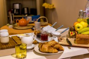 Les Chambres de Jeannette, Bed & Breakfasts  Marseille - big - 86