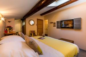 Les Chambres de Jeannette, Bed & Breakfasts  Marseille - big - 54