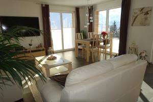 Swiss Lakeview Apartment, Apartmány  Beatenberg - big - 65