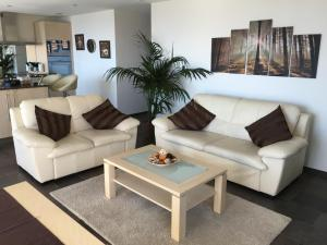 Swiss Lakeview Apartment, Apartmány  Beatenberg - big - 69