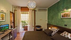 Hotel Gabrini, Szállodák  Marina di Massa - big - 24