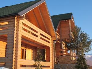 Villa Natural Wood, Ferienwohnungen  Zlatibor - big - 3