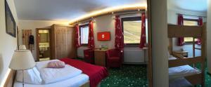 Heidi-Hotel Falkertsee, Отели  Патергассен - big - 8